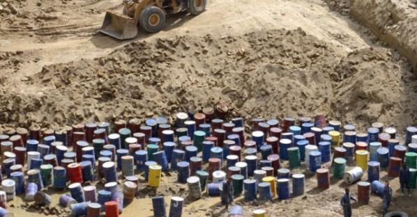Terra dei Fuochi, 200mila tonnellate di rifiuti pericolosi scoperti nel casertano