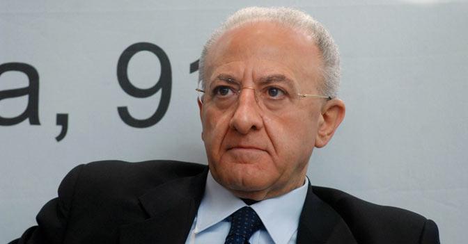 Salerno, decaduto il sindaco De Luca