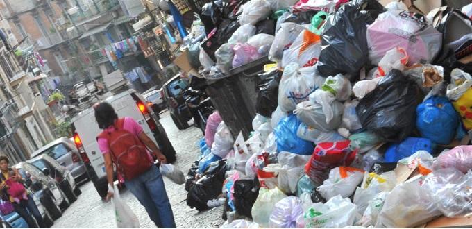 Emergenza rifiuti dove non ti aspetti: Posillipo e Chiaia