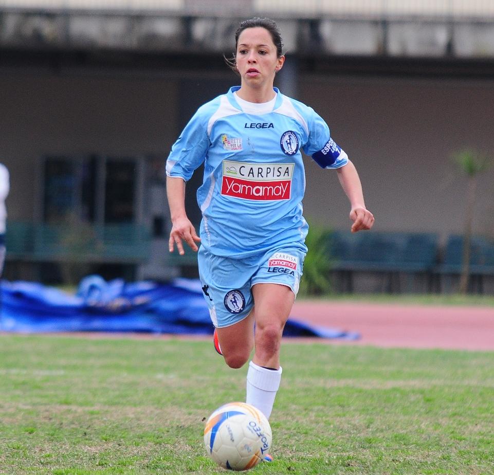 Calcio femminile: Carpisa Napoli, una magia di Esposito mantiene vive le speranze salvezza