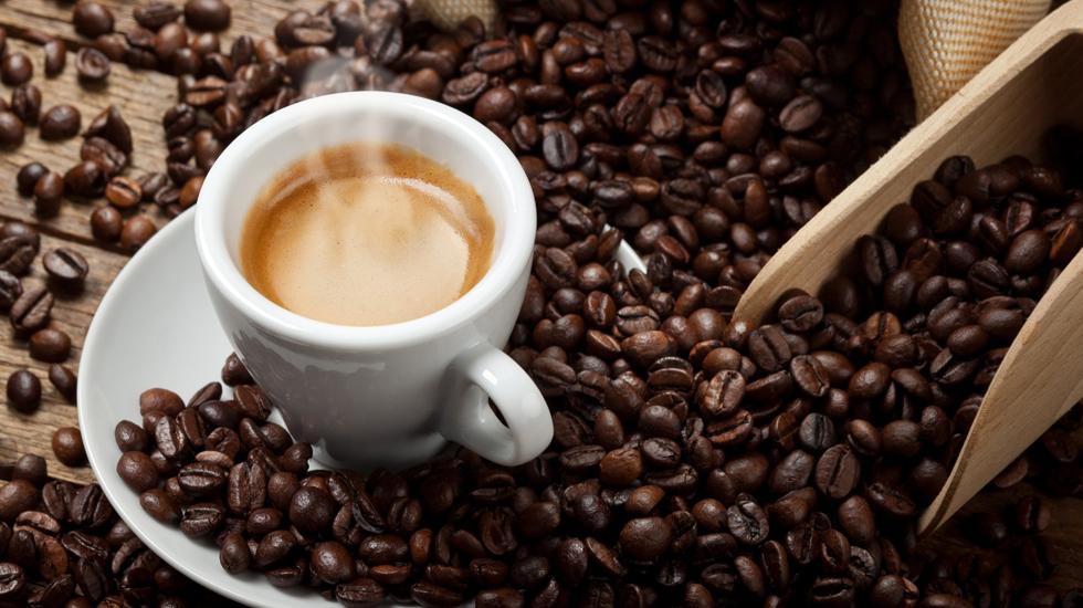 Napoli difende il suo caffè: arriva l'hashtag #amoilcaffèdinapoli - INVIA LA TUA FOTO