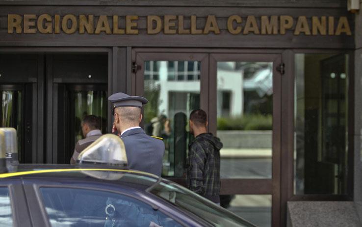 Spese pazze in Regione Campania: reato di peculato per il consiglio regionale