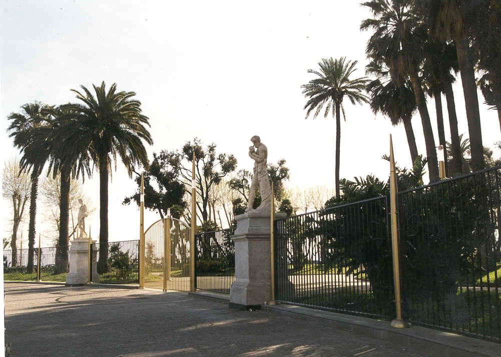 Coronavirus: in Campania chiudono anche parchi e ville comunali