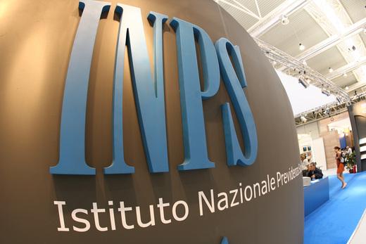 Covid, presero 600 euro durante prima ondata: l'Inps chiede rimborso ai politici