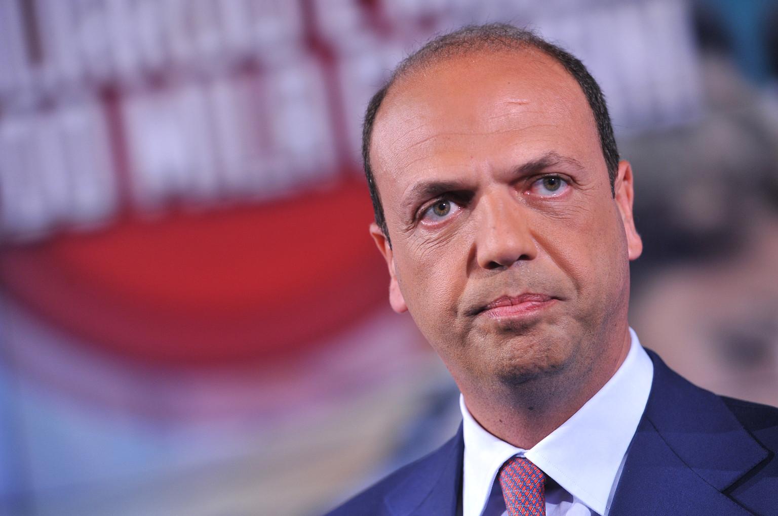 Allarme sicurezza: il Ministro Alfano oggi a Napoli