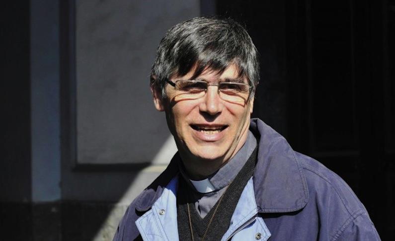 """Don Patriciello e la malattia: """"È ora di raccontare la verità"""", e su Fb parla di miracolo"""