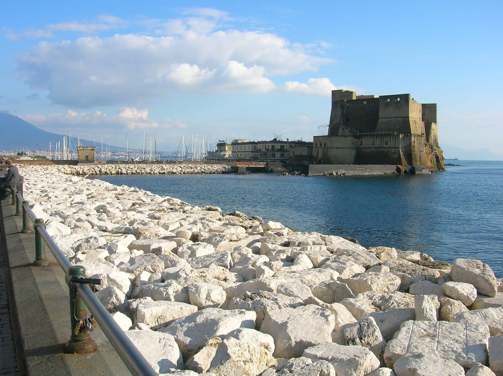 The Guardian elogia Napoli e De Magistris, il sindaco contestato che in Europa ci invidiano