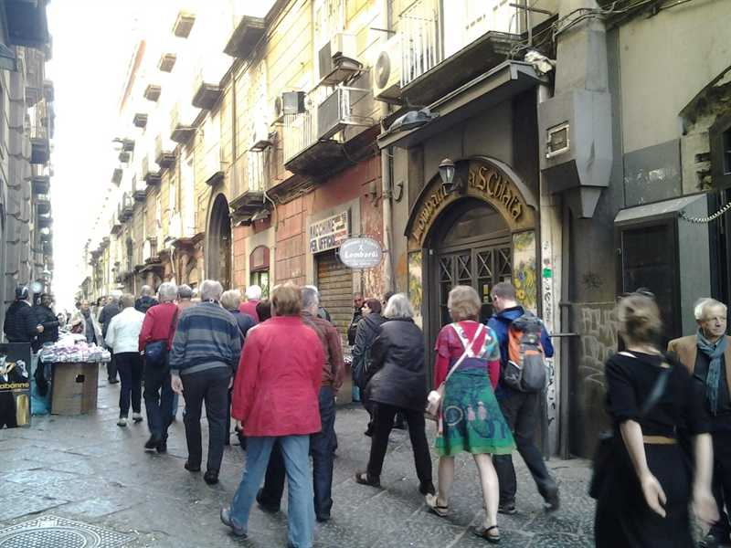 Tutto esaurito a Napoli per Pasqua: grande successo per la città
