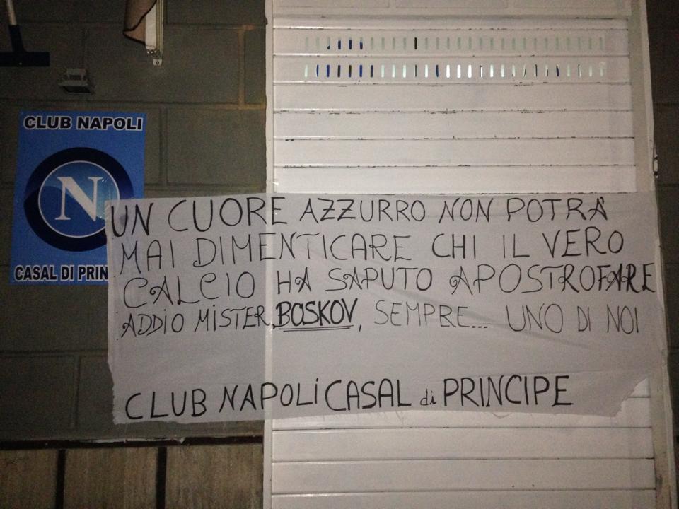 Vujadin Boskov, il club Napoli di Casal di Principe lo omaggia con uno striscione