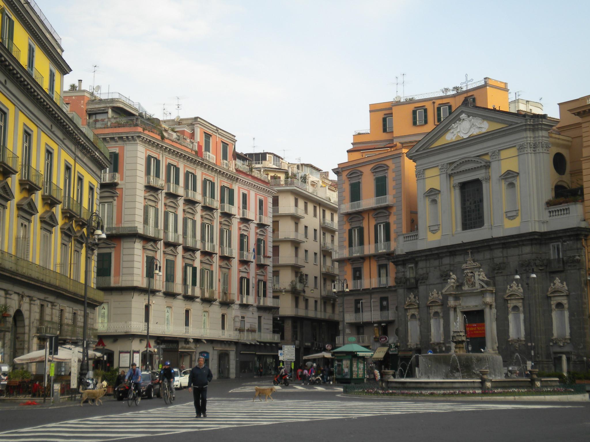 Messa in ricordo di Mussolini, in 100 alla chiesa di piazza Trieste e Trento