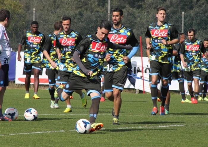 Parma-Napoli: allenamento pomeridiano con maglia Extreme