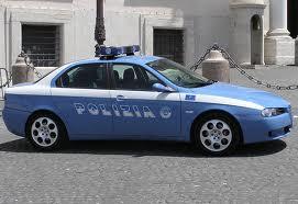 Turista rapinato a Napoli: aggredito da quattro persone su uno scooter