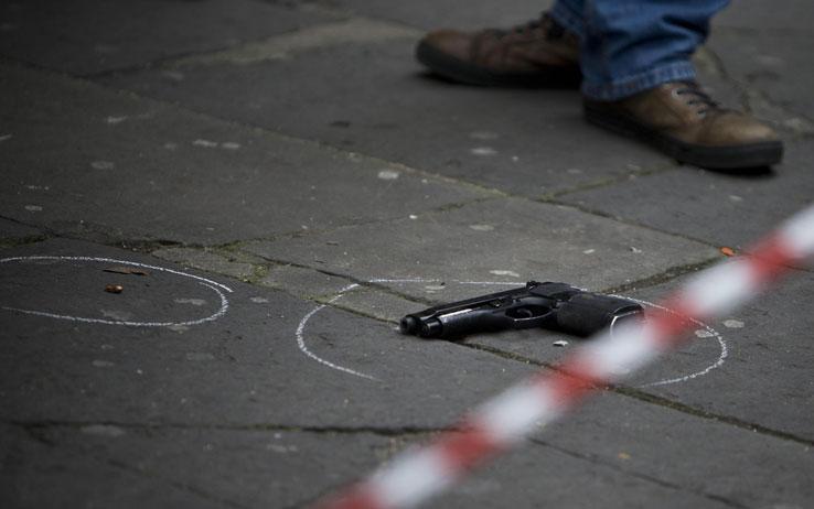 Barra: agguato di camorra tra la folla