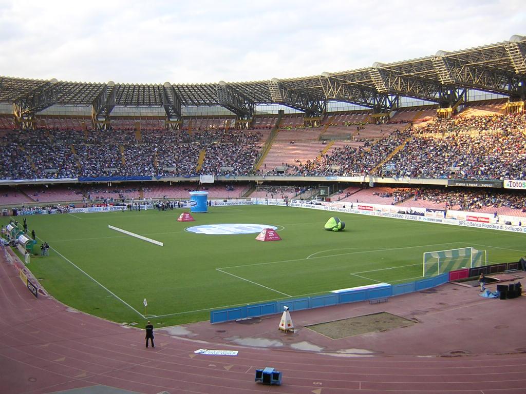Napoli-Lazio, si prospetta il tutto esaurito per Curve e Distinti