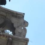 Fontana del Reuccio di nuovo imbrattata dai vandali