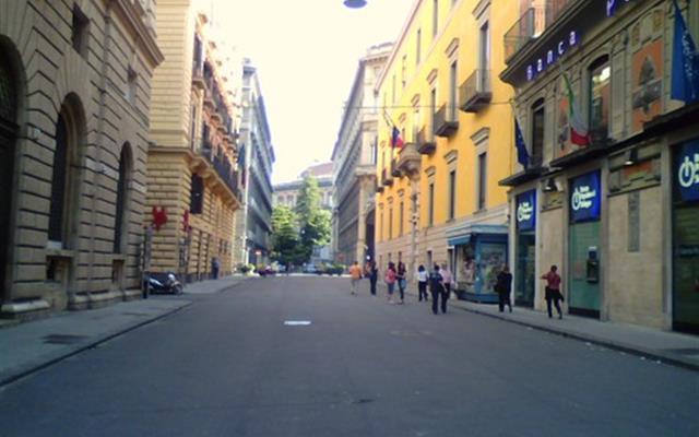 Via Verdi, sede del Consiglio occupata dagli attivisti di Stop Biocidio