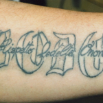 Fai parte di un clan camorristico? Lo dice il tatuaggio con il nome del boss