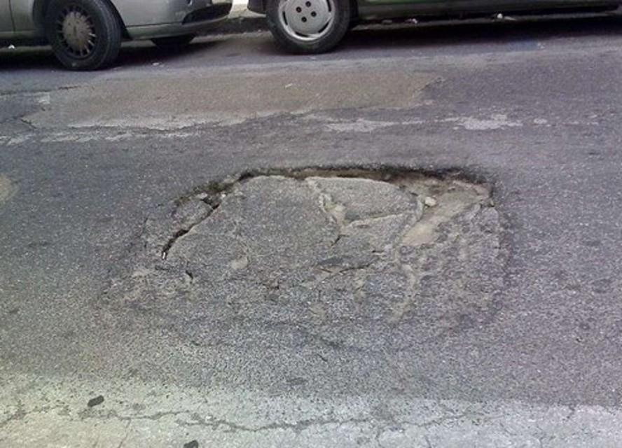 la mappa delle buche stradali al vomero