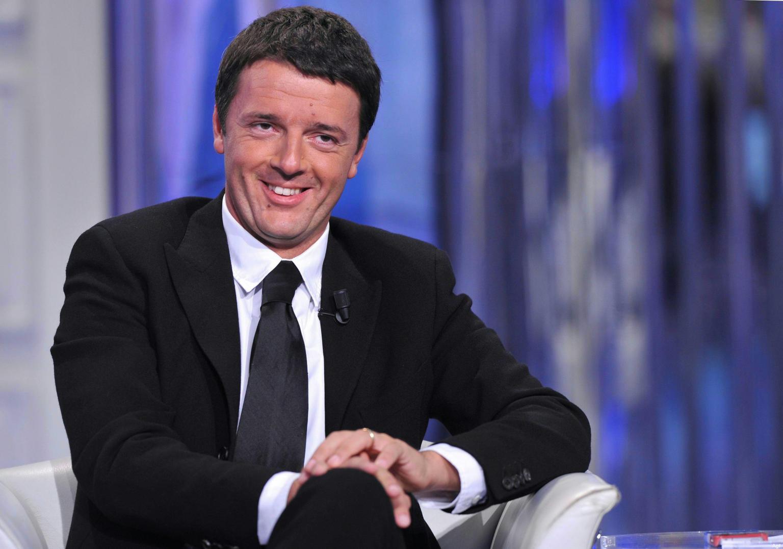 Matteo Renzi: visita a sorpresa a Scampia