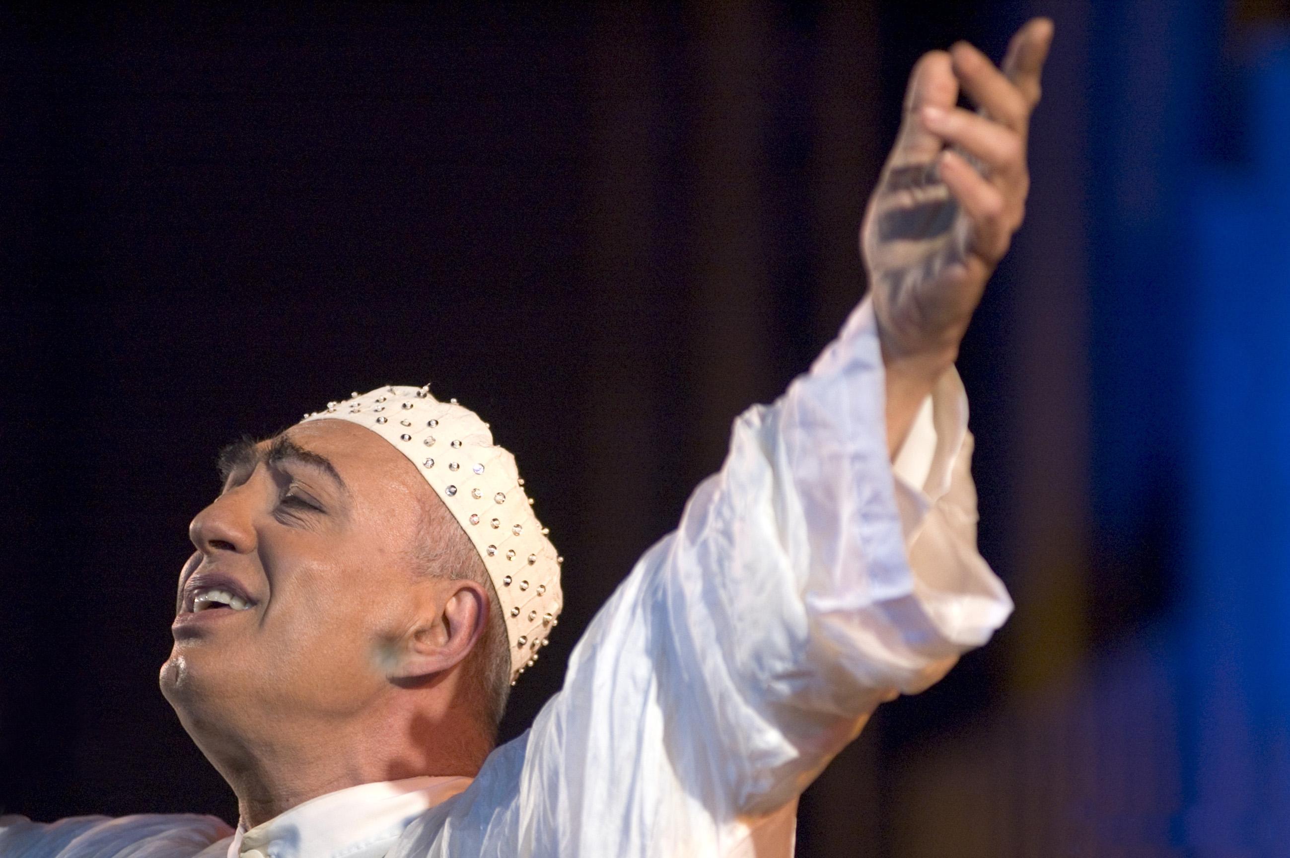 Peppe Barra protagonista della prima giornata dell' OltreMusic Fest
