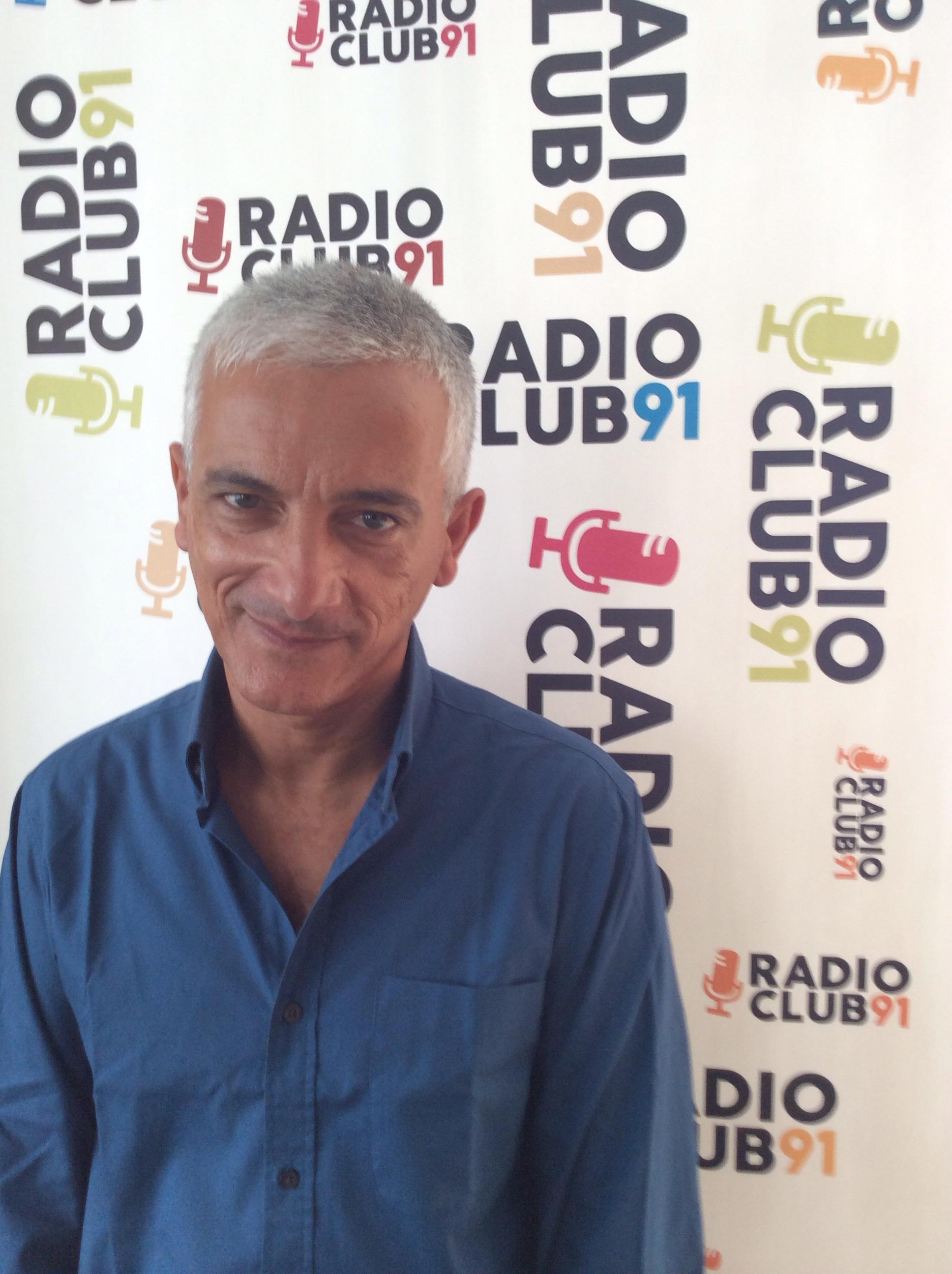 Tony Bungaro a Napoli in cerca di talenti musicali