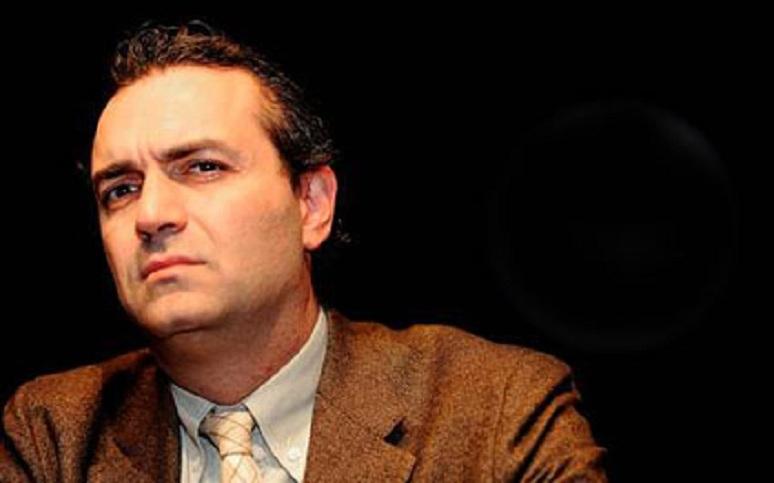 Luigi De Magistris, dopo il Tapiro l'accusa al Colle: Napolitano fu ingiusto con me