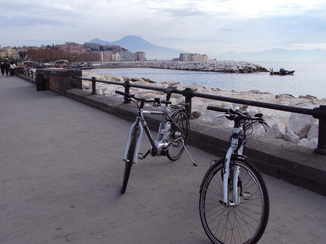 Napoli su due ruote: il Comune offre incentivi per l'acquisto di una bici a pedalata assistita