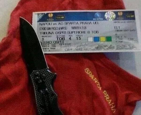 Napoli - Sparta Praga: ecco la foto sconvolgente di un tifoso avversario (FOTO)