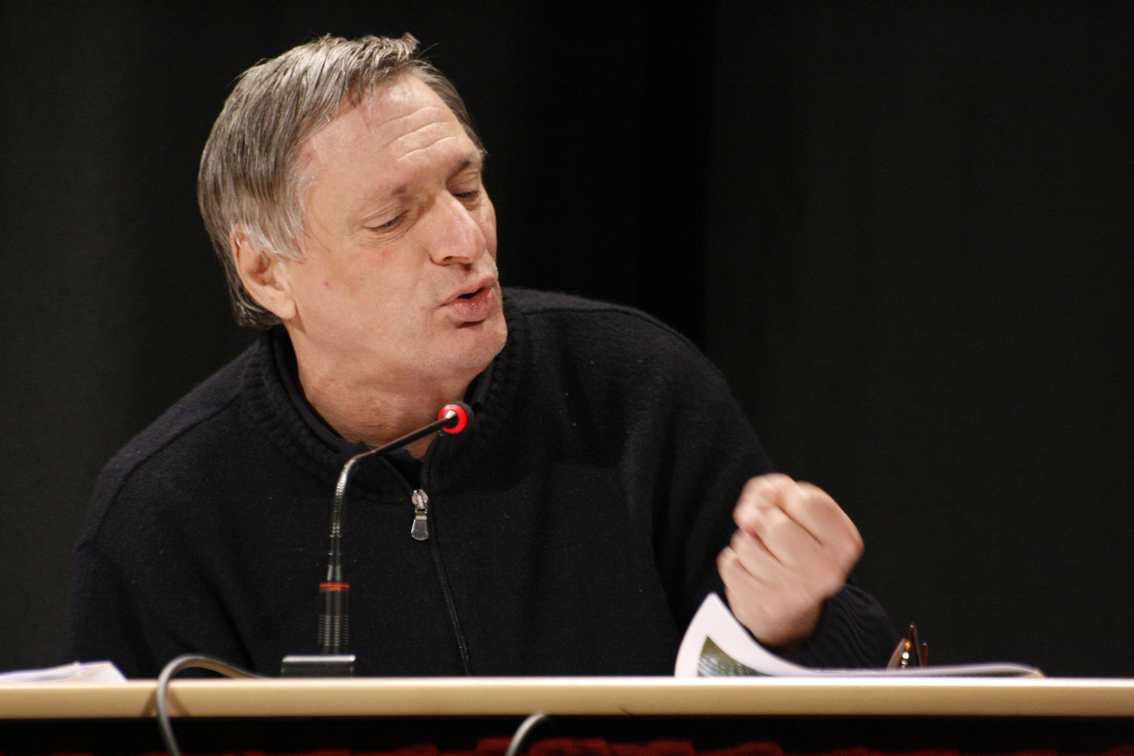 Don Ciotti, il prete antimafia dalle spalle forti che non si piega alle minacce