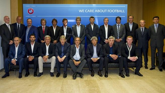 Benitez vola a Nyon al Forum degli Allenatori Uefa