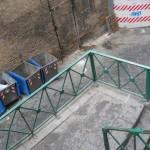 Piazzetta Salazar di nuovo immersa nell'immondizia: l'Asìa interviene (VIDEO)