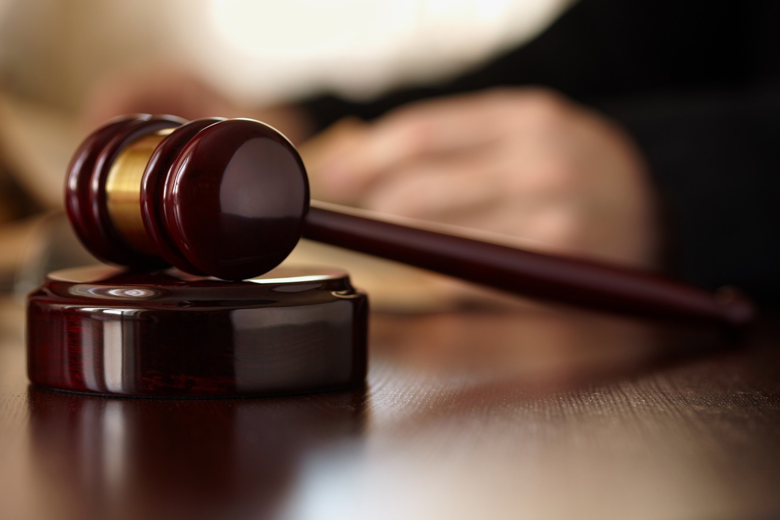 """Giudice chiede tesserino ad avvocato di colore: """"Mi ha chiesto anche se fossi laureato"""""""