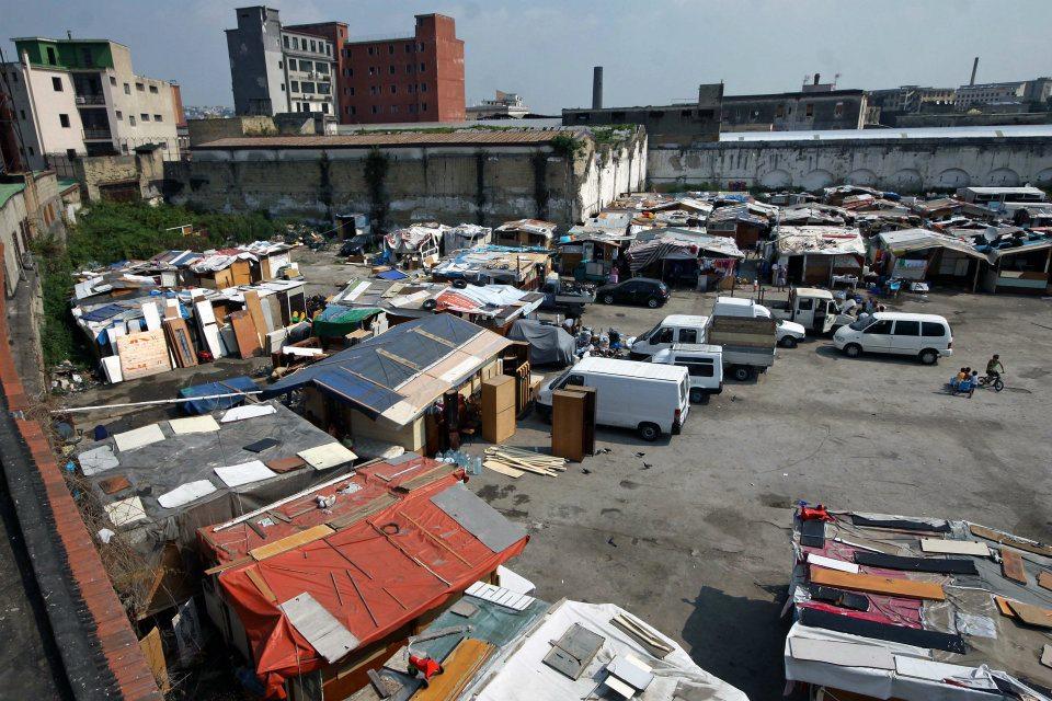 Rom chiede il pizzo ad altri Rom per l'occupazione delle baracche