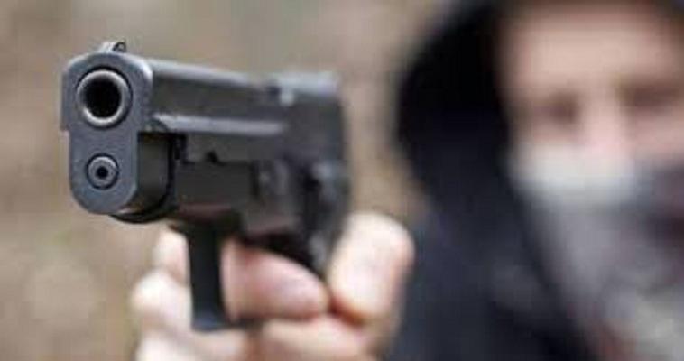 Agguato ai Quartieri Spagnoli: ferito pregiudicato 27enne