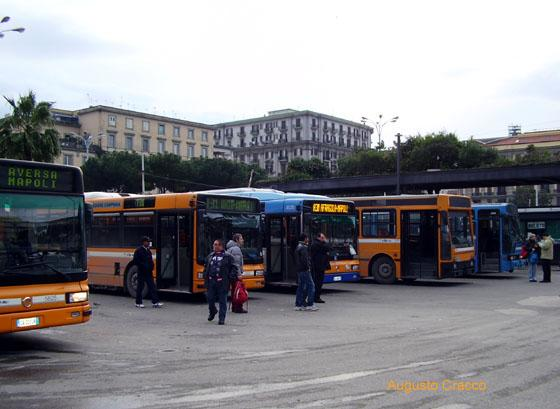 Regione Campania, Caldoro annuncia la liberalizzazione dei trasporti
