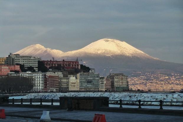 """Totometeo: """"Inverno glaciale, neve a Napoli"""". Verrà davvero il freddo polare?"""