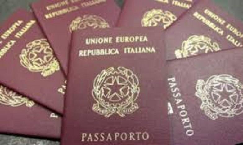 Passaporto: niente più code per riceverlo, ma costa di più