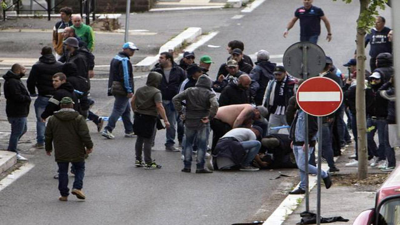 Tifosi feriti insieme a Ciro Esposito non parlano con i pm