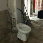 Segregata in casa per 9 anni tra i rifiuti: promettente 31enne salvata(FOTO)