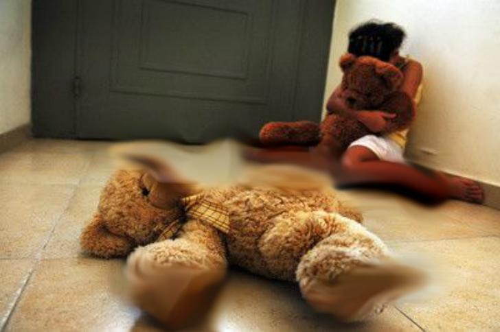 Abusi sessuali su bambino di 11 anni