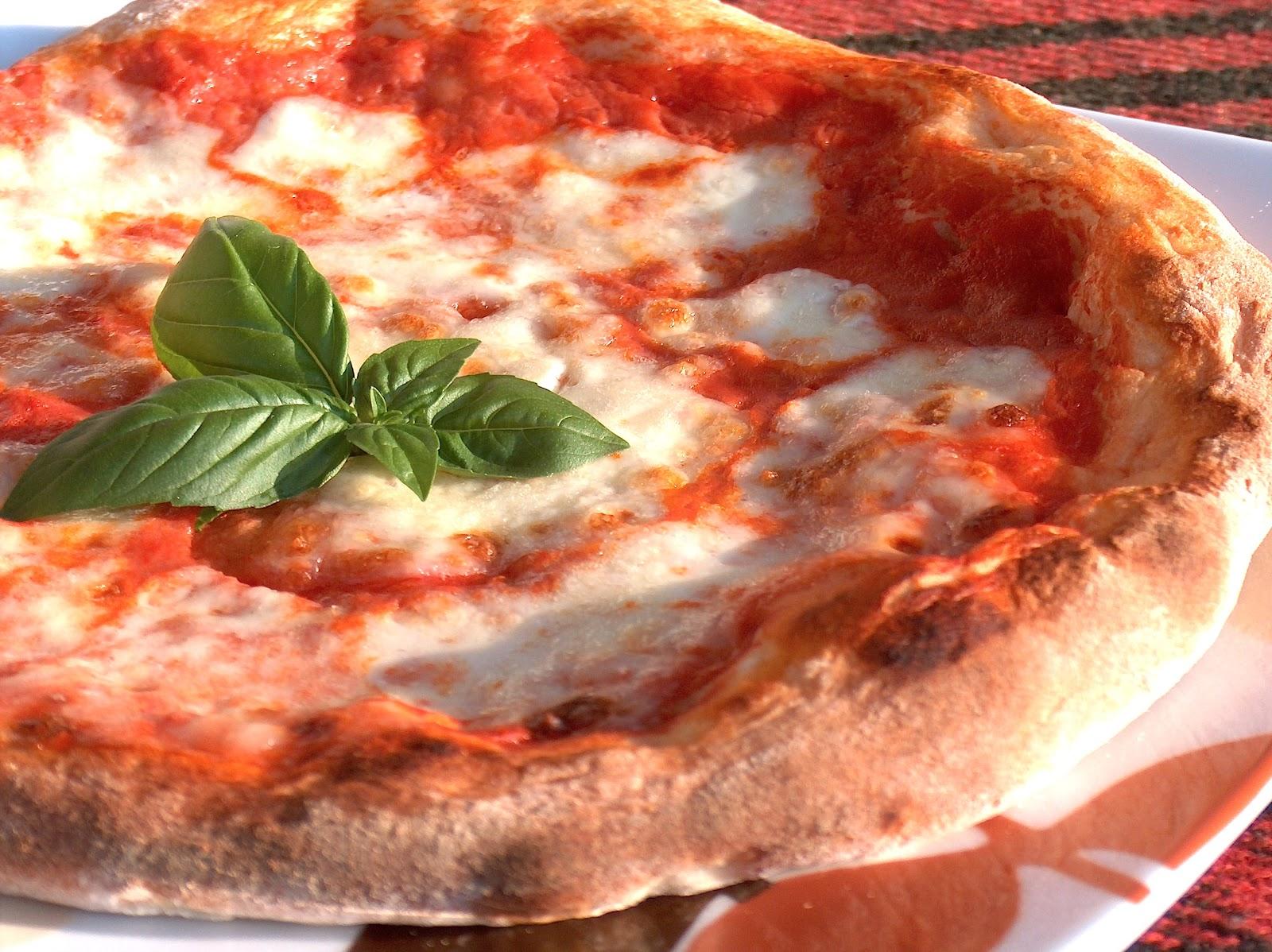 La pizza napoletana vince sempre. La migliore? Quella di Michele