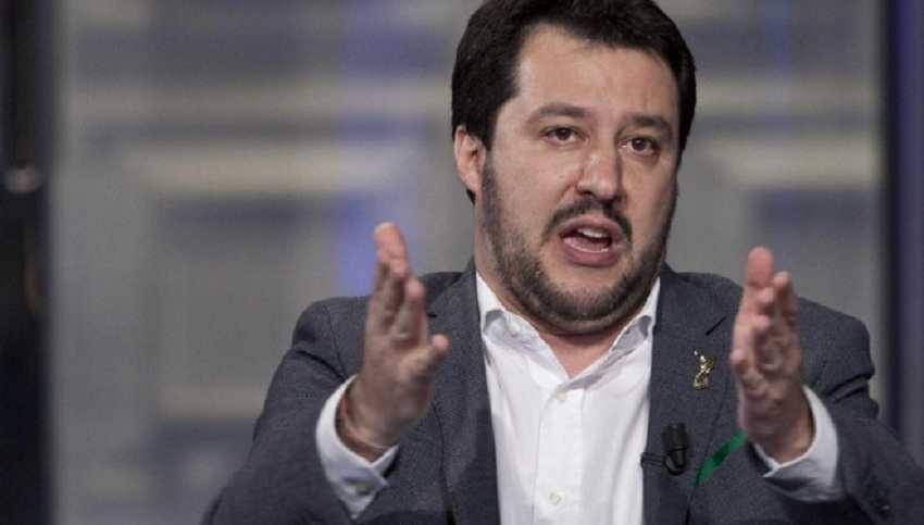 """Salvini: """"De Magistris risarcisca personalmente i cittadini"""""""