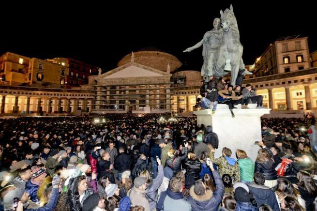 Flash mob Pino Daniele: successo o flop?