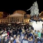 L'ultimo addio a Pino Daniele da parte della sua Napoli