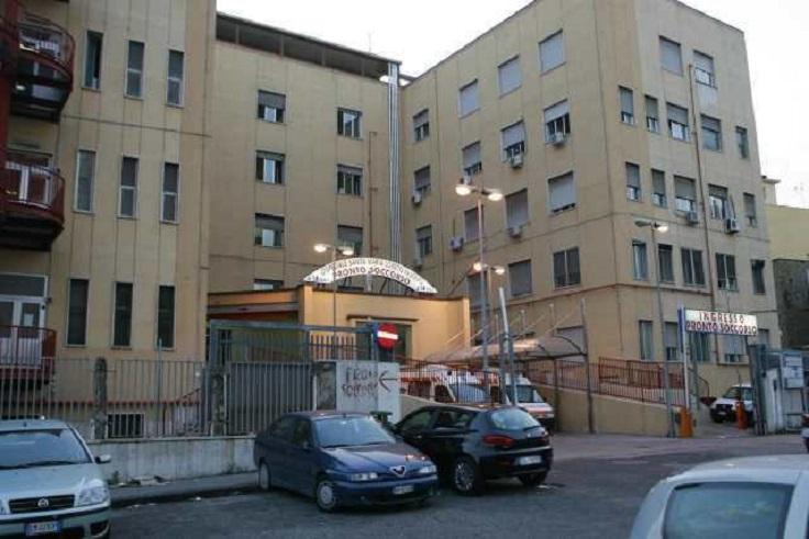 Furto al Loreto Mare, portati via i portafogli degli infermieri