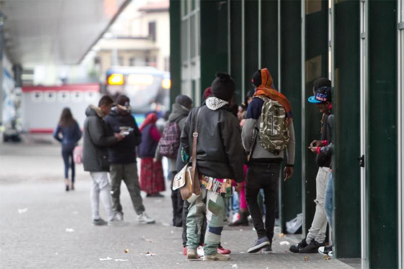 Baby Gang a Napoli: panico nella Linea 1 della metropolitana