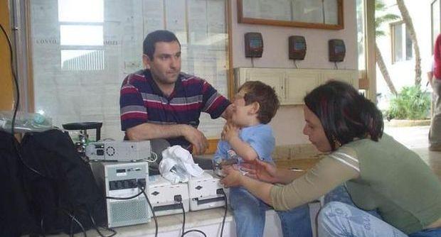 bambino malato sotto sfratto