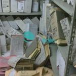 crolla scaffale fascicoli nei bagni (3)