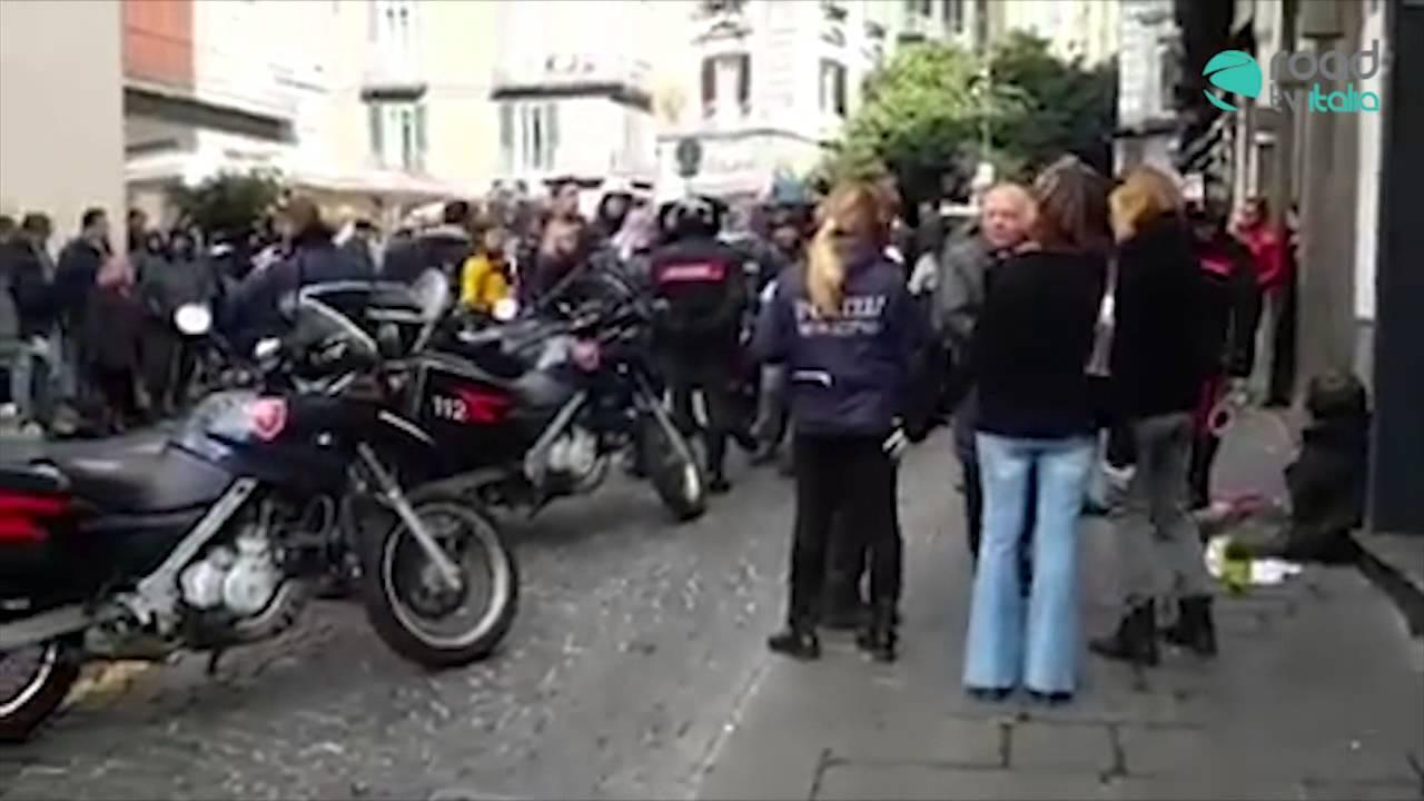 Clochard sieropositiva minaccia i commercianti: arrestata (VIDEO)