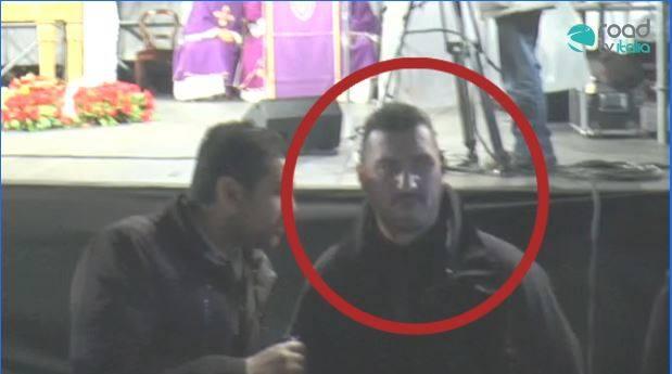 Minacce dal servizio d'ordine durante il funerale di Pino Daniele